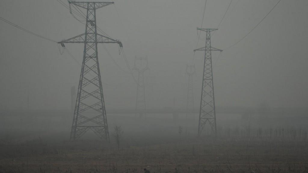 Symbolbild aus China: ohne Energiewende geht es auch - nur mit etwas mehr Feinstaub. Die Aufnahme ist an einem schönen sonnigen Tag bei Shijiazhuang entstanden.