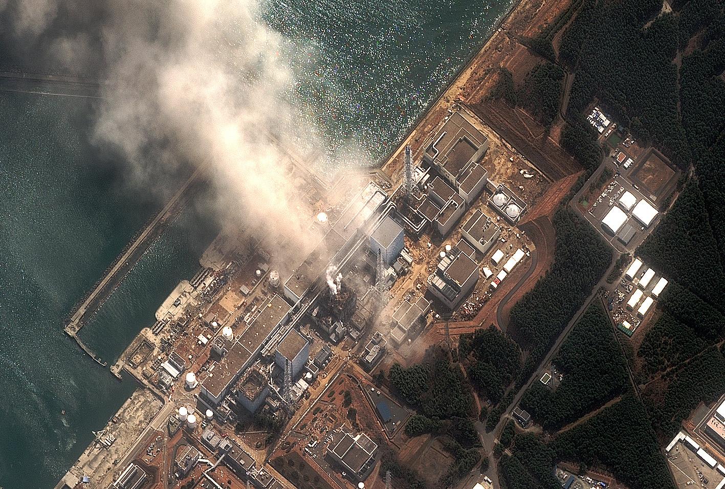 Fukushima: Brennstäbe werden geborgen