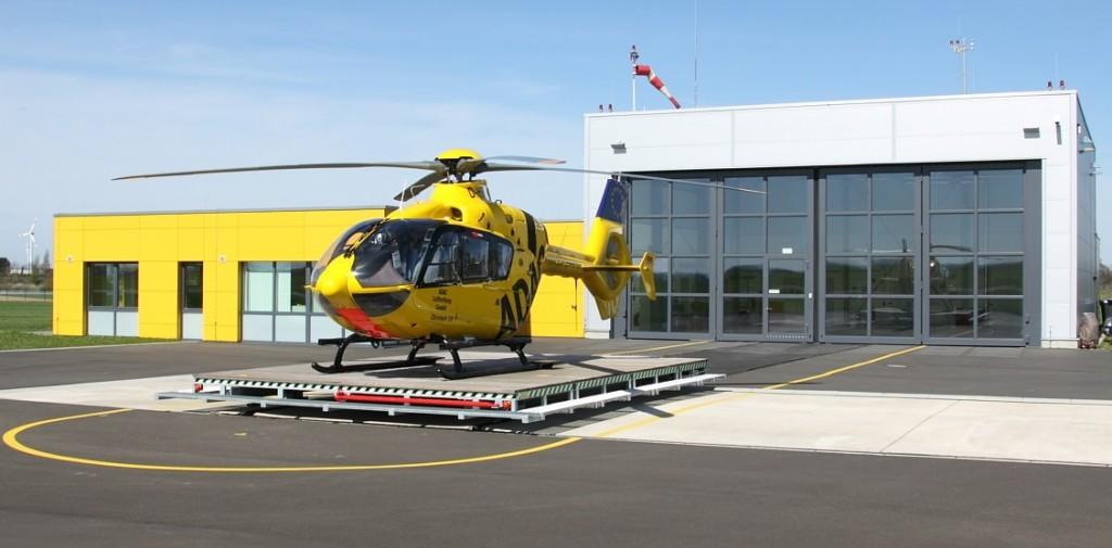 Symbolbild: ADAC-Hubschrauber - Startklar, für was auch immer.