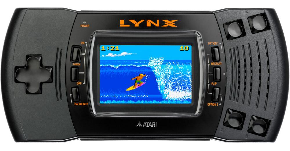 Das Atari Lynx mit dem Spiel California Games.